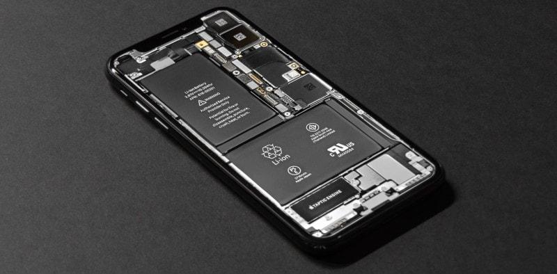 Ένα smartphone εσωτερικά